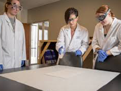 How to Become a Forensic Scientist in Illinois